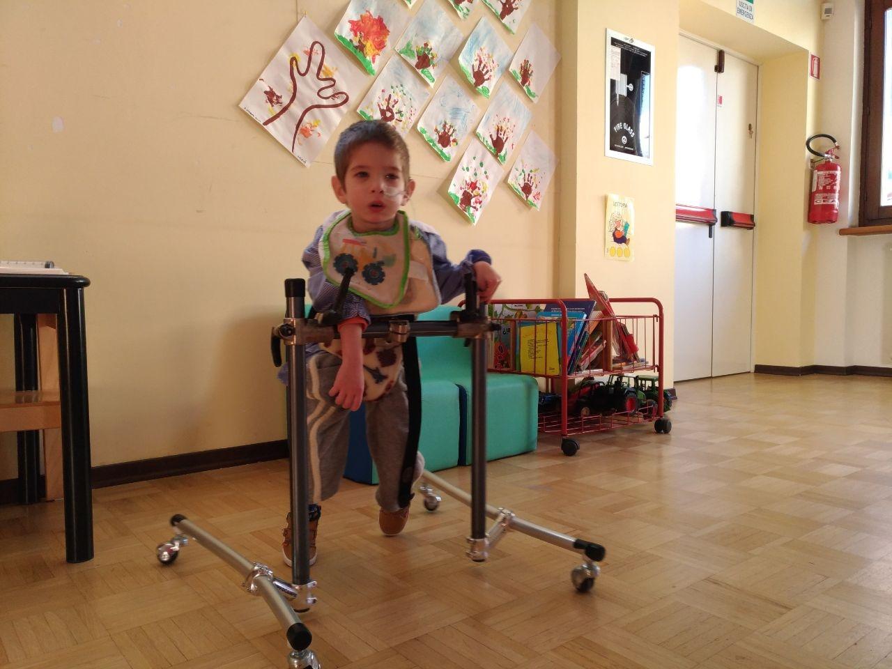 L'assistenza infermieristica a scuola dei bambini disabili deve essere assicurata dall'azienda USL