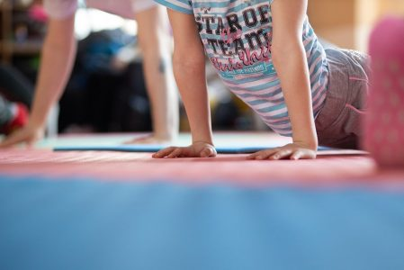 Nove bambini che si sono divertiti (e non solo) grazie a #unpodivita